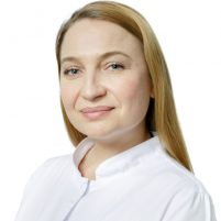 Врач Левстек Елена Владимировна