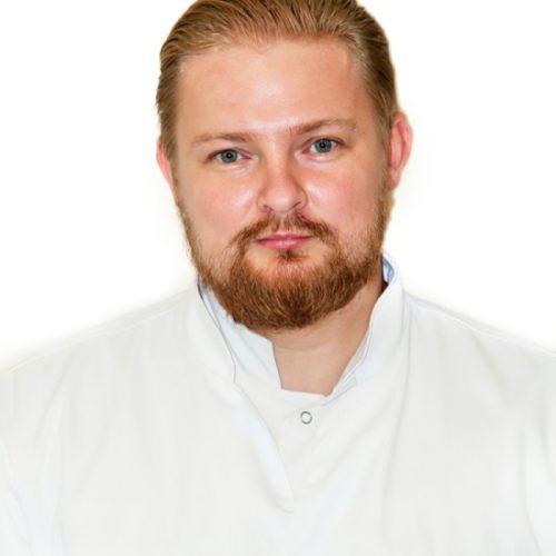 Врач Колпаков Максим Юрьевич
