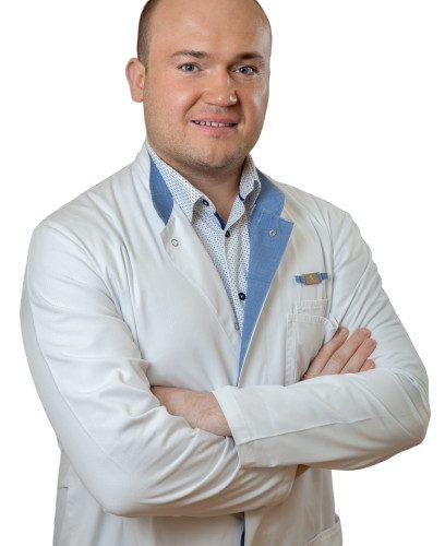 Врач Ильюхин Олег Евгеньевич