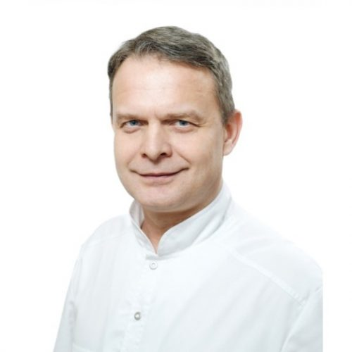 Врач Иконников Илья Станиславович