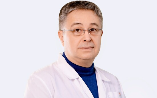 Врач Зыков Аркадий Евгеньевич